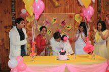 Pink_Yellow_White_theme_birthday_party_decoration_30