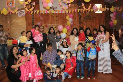 Pink_Yellow_White_theme_birthday_party_decoration_36