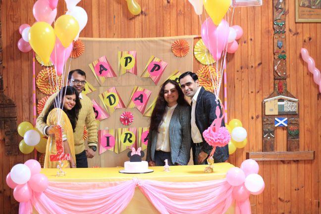 Pink_Yellow_White_theme_birthday_party_decoration_43